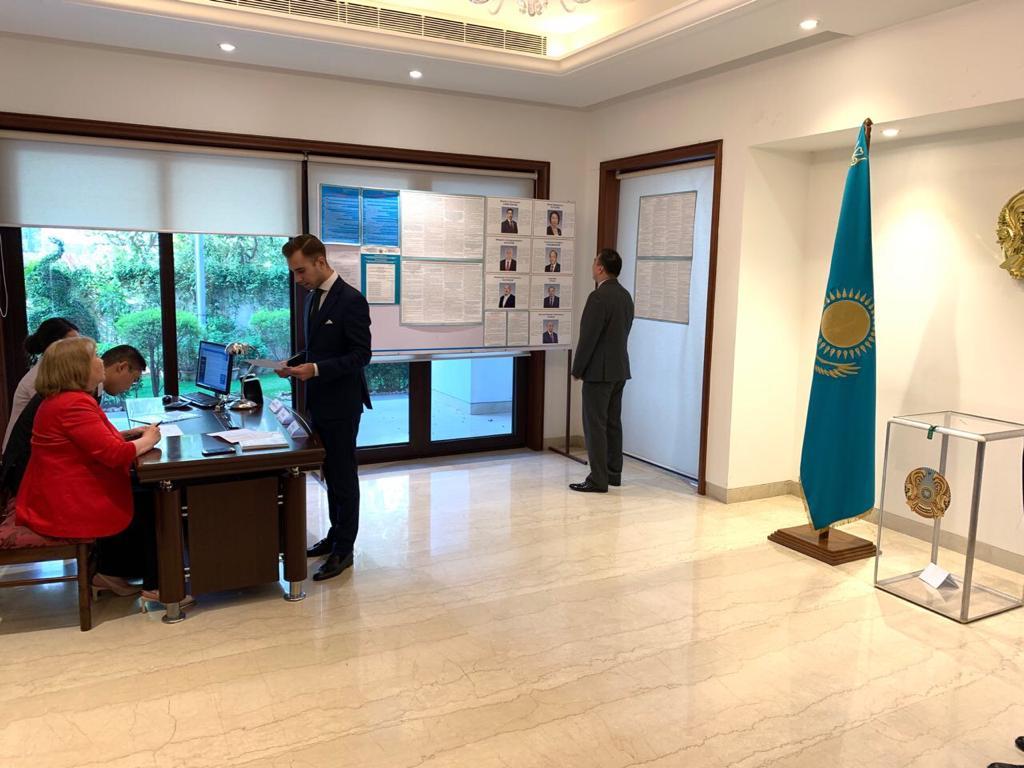 Embassy of Kazakhstan, Delhi, Bulat Sarsenbayev, News Mobile, News Mobile India, Elections 2019
