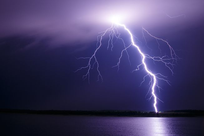 pattivillage, 3deadand1injured, lightning, newsmobile, newsmobileindia