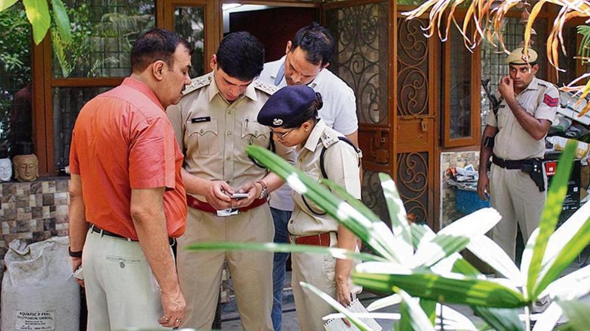 Gurugram, delhi, murder, suicide, mankillsfamily, newsmobile, newsmobileindia