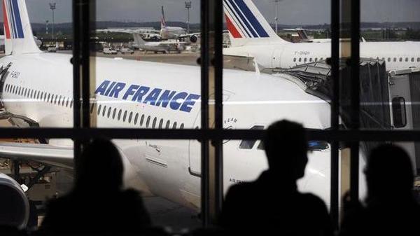 Air France, New Delhi Airport, France, AF225, News Mobile, News Mobile India
