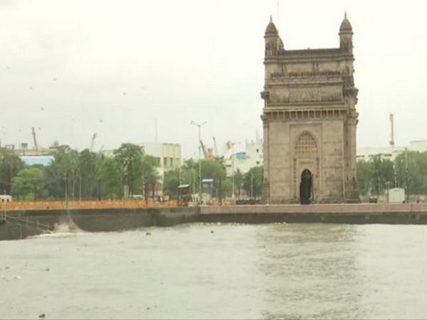 Rains, Hardeep Singh Puri, Mumbai, Mumbai Rains, News Mobile, News Mobile India, Malad, MCGM,