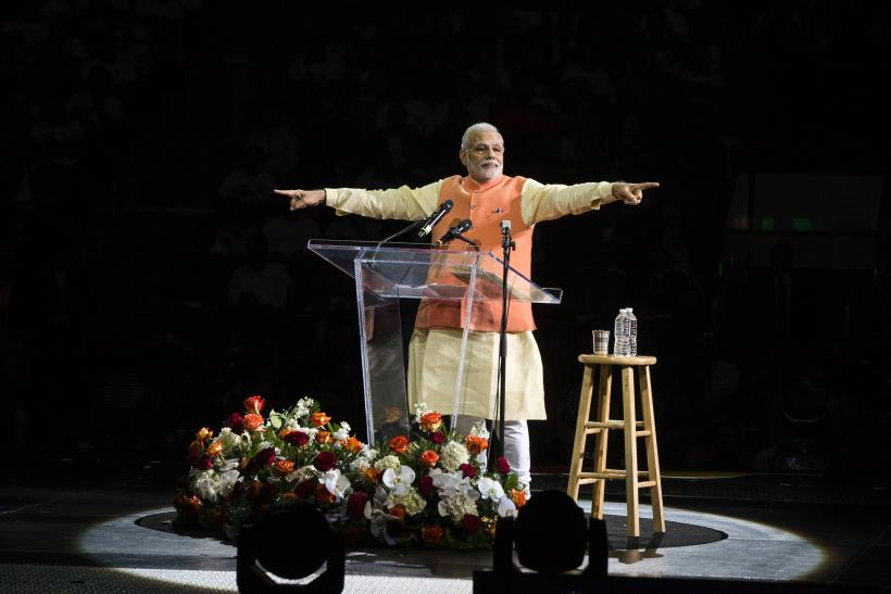 Houston, United States, Howdy Modi, Prime Minister, Narendra Modi, NewsMobile, Mobile, News, India, Address, Indians, World