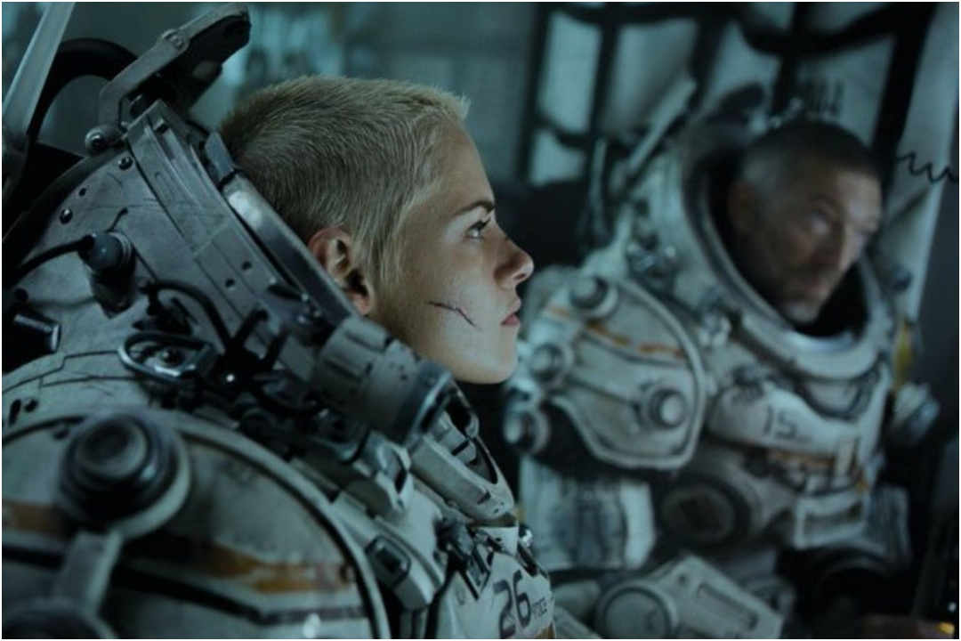 Kristen Stewart, Underwater, Trailer, Movie, Hollywood, News Mobile, News Mobile India