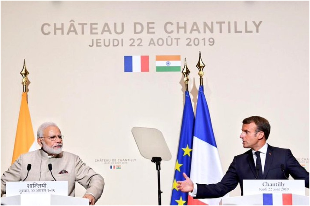PM Narendra Modi, French President Emmanuel Macron, Bilateral Talks, NewsMobile, NewsMobile India