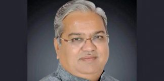 Govind Karjol, Accidents, Good roads, Karnataka, Deputy, Chief Minister NewsMobile, Mobile, News, India
