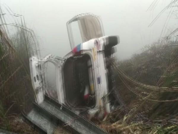 Noida, Uttar Pradesh, Car Accident, NewsMobile,