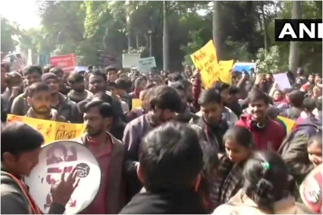 JNU Violence, Attack, JNUSU, NewsMobile, Delhi Police