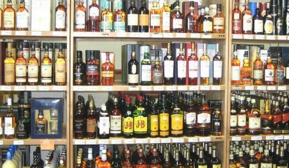 Ganga Damodar Express, 27 bottles, bihar, gaya, liquor, liquor ban