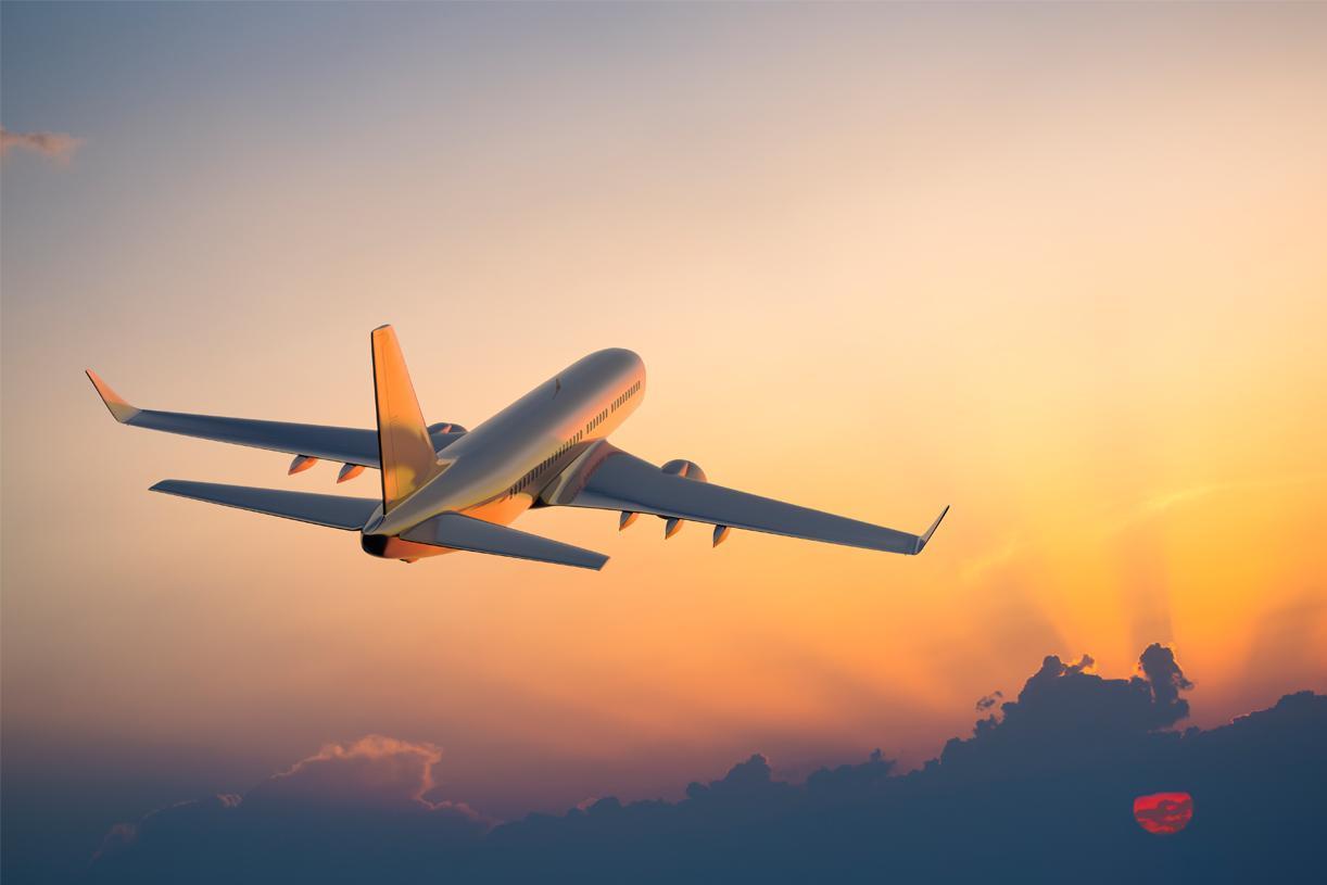 Plane, Aeroplane, Shoes, Flying, NewsMobile, Mobile News India, Global Traveller