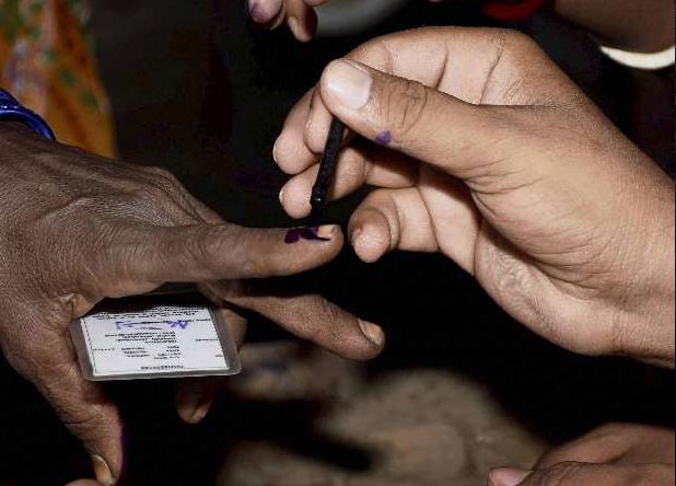 Delhi, Delhi Civic polls, MCD polls, counting, Battle for delhi, Municipal Corporation of Delhi, North Delhi, South Delhi