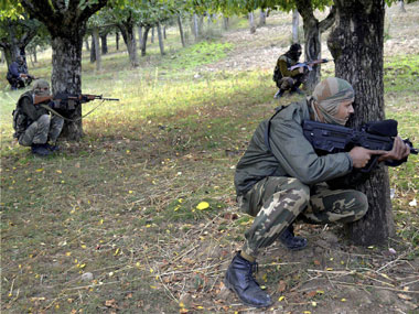 Encounter, Jammu and Kashmir, Kulgam, security forces, security forces,