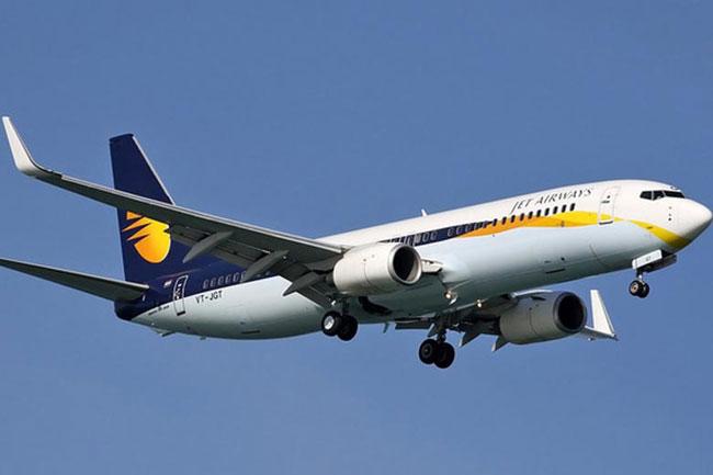NewsMobile, man slapped flight crew, IGI Airport , Jet Airways, flight 9wo63, Bangkok,
