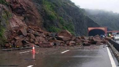 Srinagar-Jammu, National Highway, Srinagar-Jammu National Highway, landslides