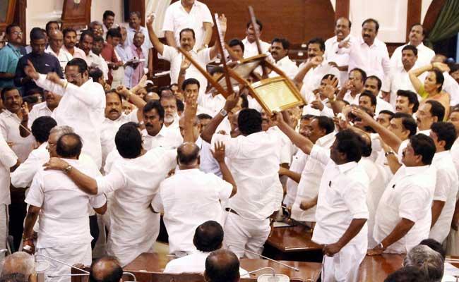 Tamil Nadu crisis, tamil nadu, trust vote, chief minister, VK sasikala, E Palaniswami, AIADMK, DMK