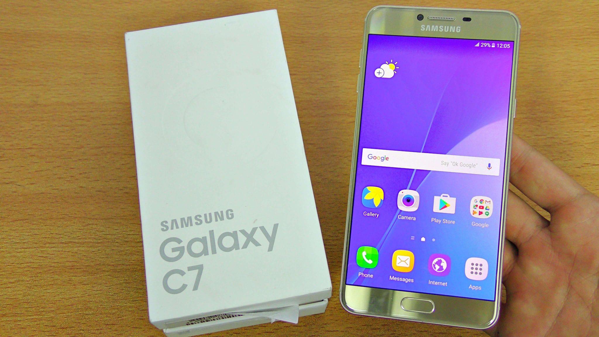 Samsung India, 2.5D Gorilla Glass, Samsung Galaxy C7 Pro, 4GB RAM.