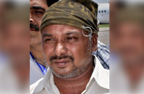 Amarnath terror attack, Rs 5 lakh, reward, bus driver, Saleem Mirza