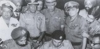 EXCLUSIVE, 1971 war, India, Pakistan, 100 cases, scotch whiskey, War, NewsMobile, Mobile News, India