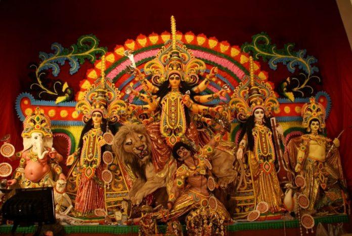 Global traveler, Durga Puja, UNESCO, heritage status, Bengalis, West Bengal, Sangeet Natak Academi, India, NewsMobile