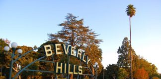 Bride, Trip, Beverly Hills, Wedding, Fun, Shopping, Relaxation, NewsMobile, Travel, Global Traveller, Mobile News, India