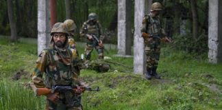 Naxals, Encounter, Chhattisgarh, Killed, Police, NewsMobile, Mobile News, Nation