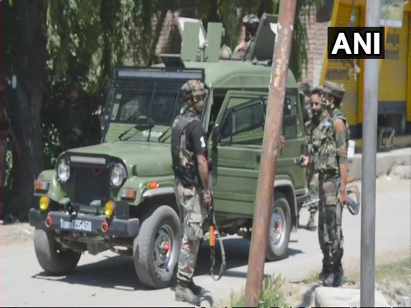 Grenade attack, army camp, Kulgam, Jammu and Kashmir, Army, NewsMobile, Mobile News, India