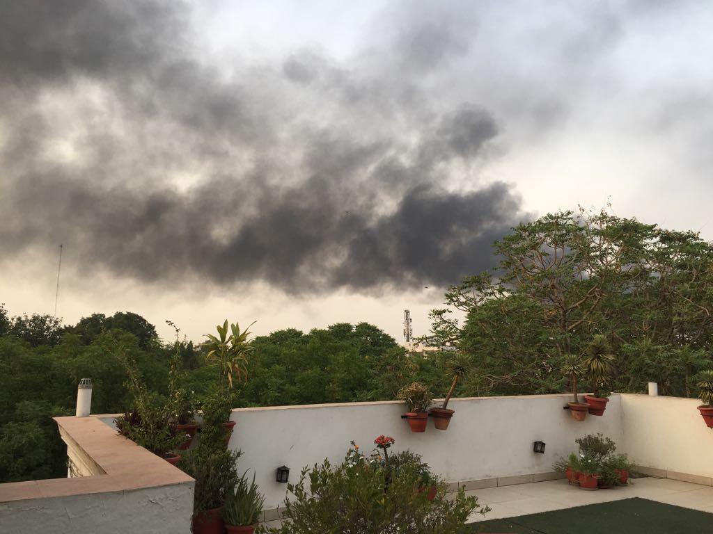 Massive, fire, rubber, factory, Delhi, Malviya Nagar, NewsMobile, Mobile News, India