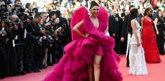 Deepika Padukone, Cannes, Festival, Pink, Films, Bollywood, Dress, Actress, Entertainment, Mobile News, NewsMobile
