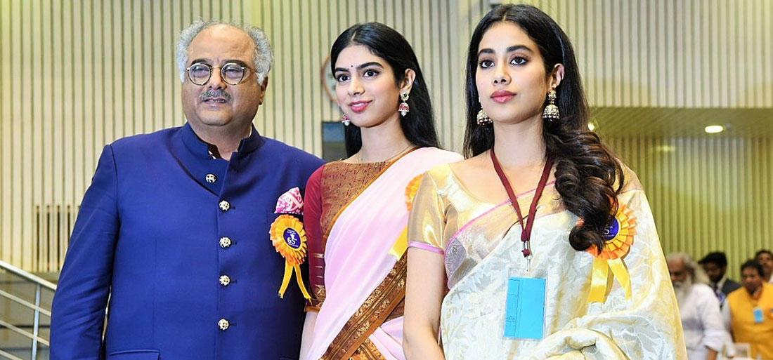 Boney Kapoor, Sridevi, Janhvi Kapoor, Khushi Kapoor, Father, Mother, Bollywood, NewsMobile, Mobile News, India, Entertainment