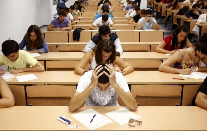 Algeria, offline, prevent, cheating, high school exams, NewsMobile, Mobile news, India, Internet