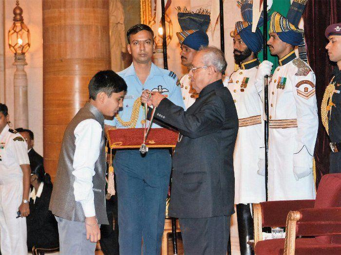 14-year old, achiever, donates, scholarship, money, release ,14 prisoners, I-day, Independence day, Bhopal, Ayush Kishore, NewsMobile, Mobile news, India