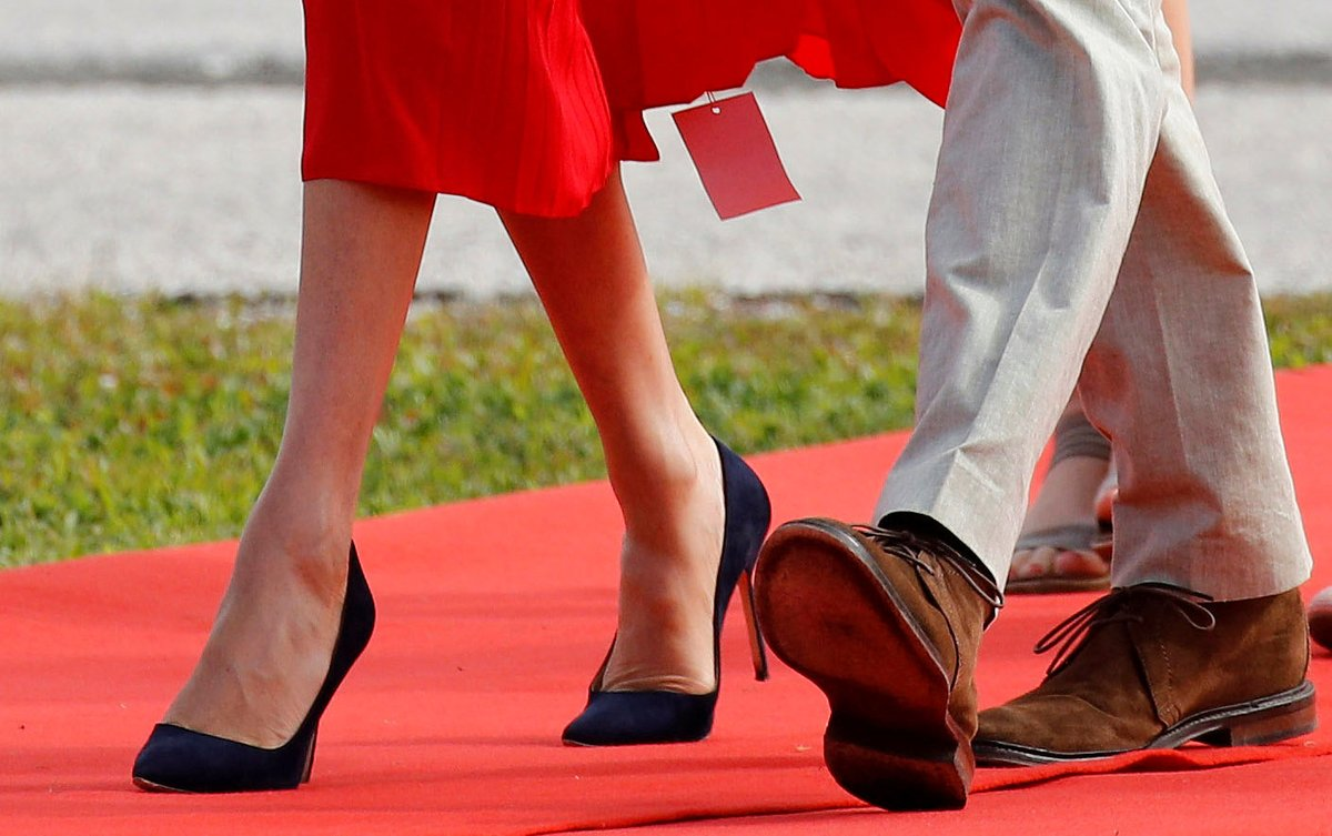 Duke, Duchess, Sussex, Prince Harry, Meghan Markel, England, Fiji, Dress, Tag, News Mobile, Mobile News India