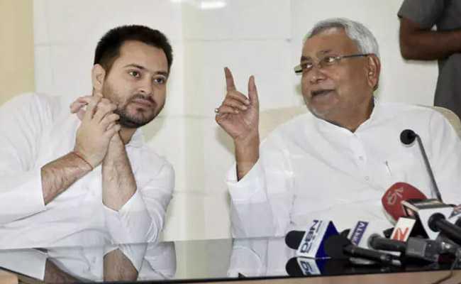 Tejashwi Yadav, Nitish Kumar, Rashtriya Janata Dal, RJD, JDU, Politics, NewsMobile, Mobile News ,India