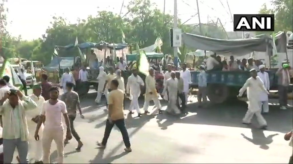Farmers' protest leads to traffic disruptions in parts of Delhi