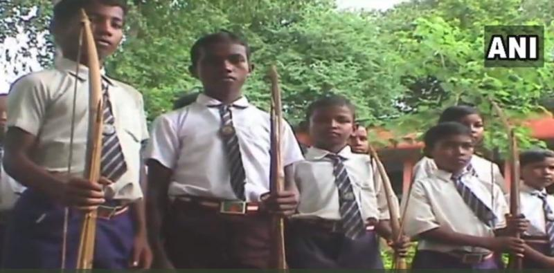 Maoists, Jharkhand, Children, Pochpani, West Bengal, safety, industrial development, NewsMobile, india