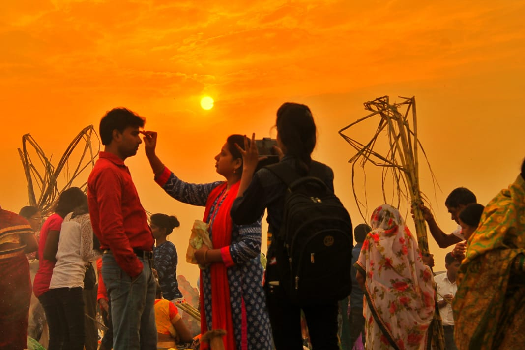 Chhath Pooja, Bihar, Jharkhand, Orrisa, Delhi, Uttar Pradesh, Nepal, North, East, India, Hindu, Festival, Sun, God, News Mobile, News Mobile India