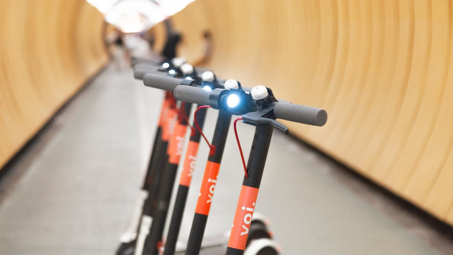 E-scooters, startup, VOI, has raised $50 million in a series A funding round led by London-based Balderton Capital, LocalGlobe, Raine Ventures, Vostok New Ventures, angel investors, Cristina Stenbeck, Jeff Wilkes (Amazon), Justin Mateen (co-founder of Tinder), Nicolas Brusson (CEO and co-founder of BlaBlaCar), Sebastian Knutsson (co-founder of King), Spencer Rascoff (CEO of Zillow), and Keith Richman, reports Techcrunch, better last mile solutions, Bird, cities, citizens really affordable, dockless, easy to use, electricity, Ford Motor, lesser pollution, Lime, Lyft, MobileNews, NewsMobile, powered, San Francisco, scooter-sharing startup, scooters, spin