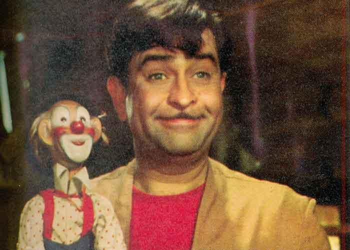 Raj Kapoor, Indian Cinema, Bollywood, Raj Kapoor movies, Raj Kapoor films, Entertainment, iconic actors, iconic movies, Shree 420, Mera Naam Joker, Awaara, Raam Teri Ganga Maili, Jis Desh mein Ganga Behti Hai, Anari, Sangam, Neel Kamal, Satyam Shivam, Sundaram