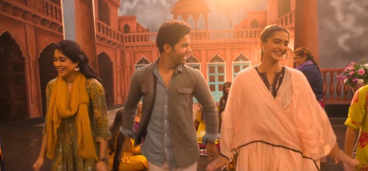 Sonam Kapoor, Anil Kapoor, Juhi Chawla, Rajkummar Rao, Ek Ladki Ko Dekha Toh Aisa Laga, Movie, Trailer, News Mobile, News Mobile India