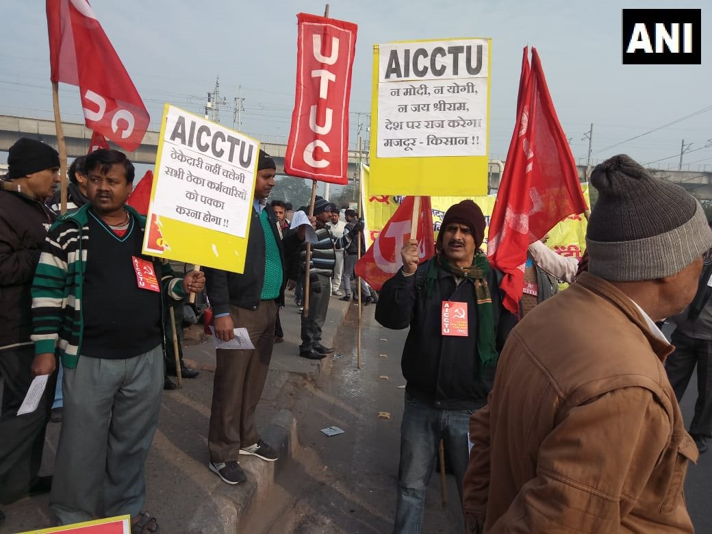 Pictures, 48, hour, nation, strike, Central, Trade Unions, India, protest, Odisha, Delhi, West Bengal, Trivandrum, Karnataka, Kochi, minimum wages, social security, NewsMobile, NewsMobile India, mobile news, news for mobile