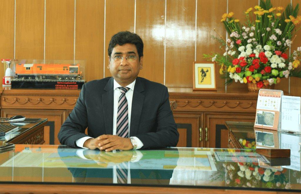 VK Yadav, Chairman, Indian Railway, News Mobile, News Mobile India