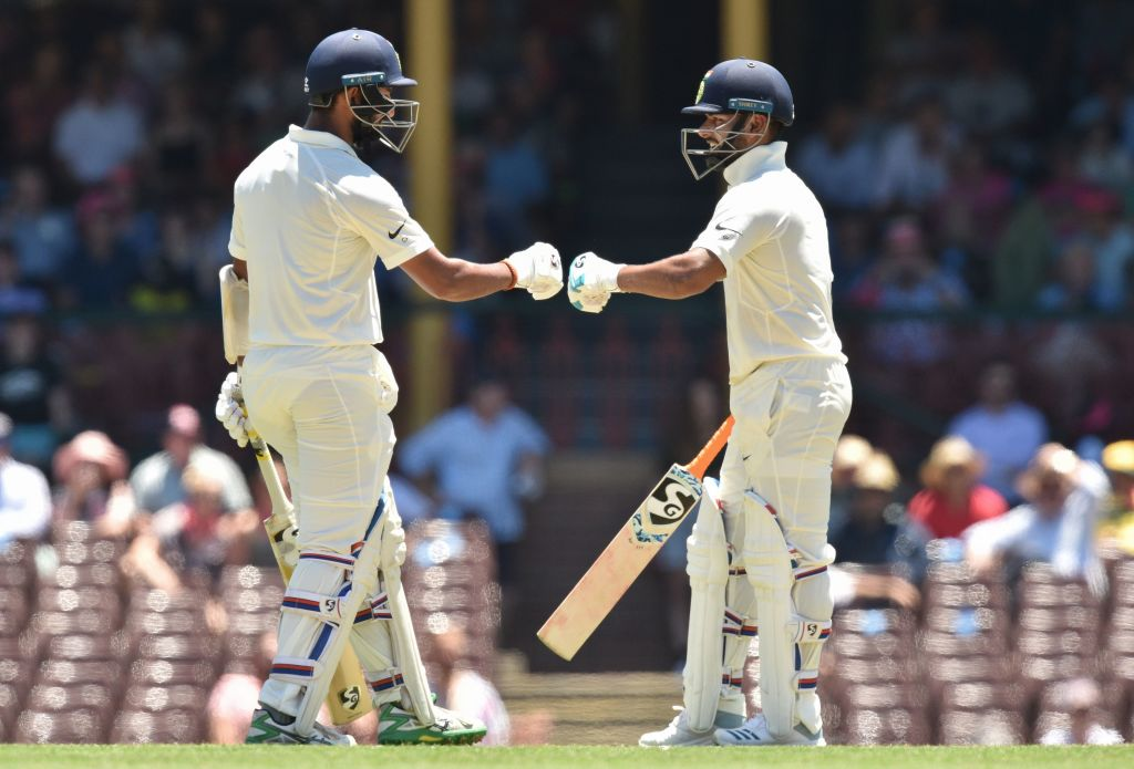 Sydney, Test, Cheteshwar Pujara, Rahul Dravid, record, Rishab Pant, wicketkeeper, Test, Cricket, Australia, NewsMobile, Mobile, news, India
