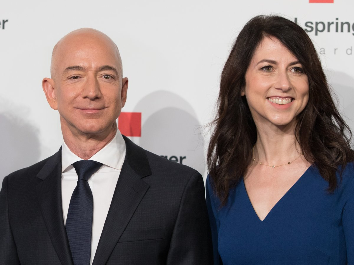 Amazon, Jeff Bezos, Mackenzie Bezos, Divorce, News Mobile, News Mobile India