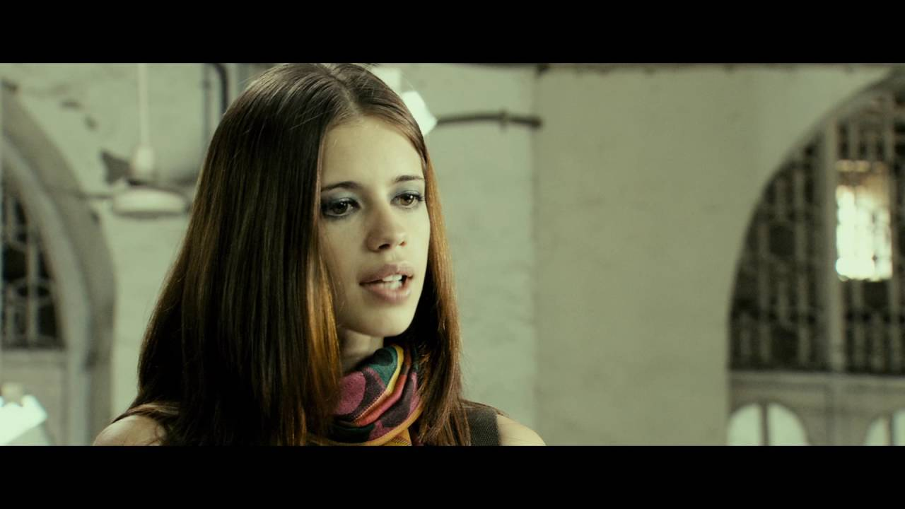 Kalki Koechlin, Dev D, YJHD, Margarita with a straw, The girl in yellow boots, ZNMD, Birthday, News Mobile, News Mobile India
