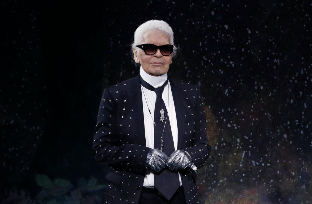 Karl Lagerfeld, Passes Away, Paris, News Mobile, News Mobile India