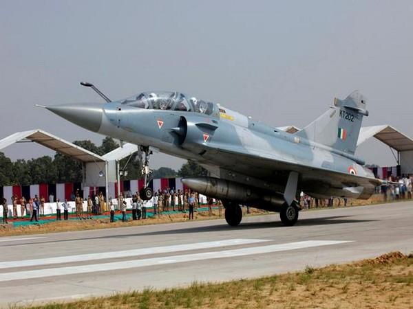 Indian Air Force, Air Chief Marshal B.S. Dhanoa, India Strikes Pakistan, Balakot, Ajit Doval, PM Narendra Modi, COAS Gen Bipin Rawat, Chief of the Naval Staff (CNS) Admiral Sunil Lanba, News Mobile, News Mobile India