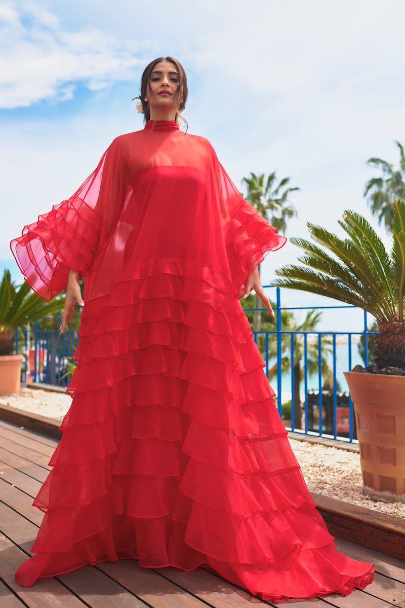 Sonam Kapoor, Cannes 2019, Cannes Film Festival, News Mobile, News Mobile India