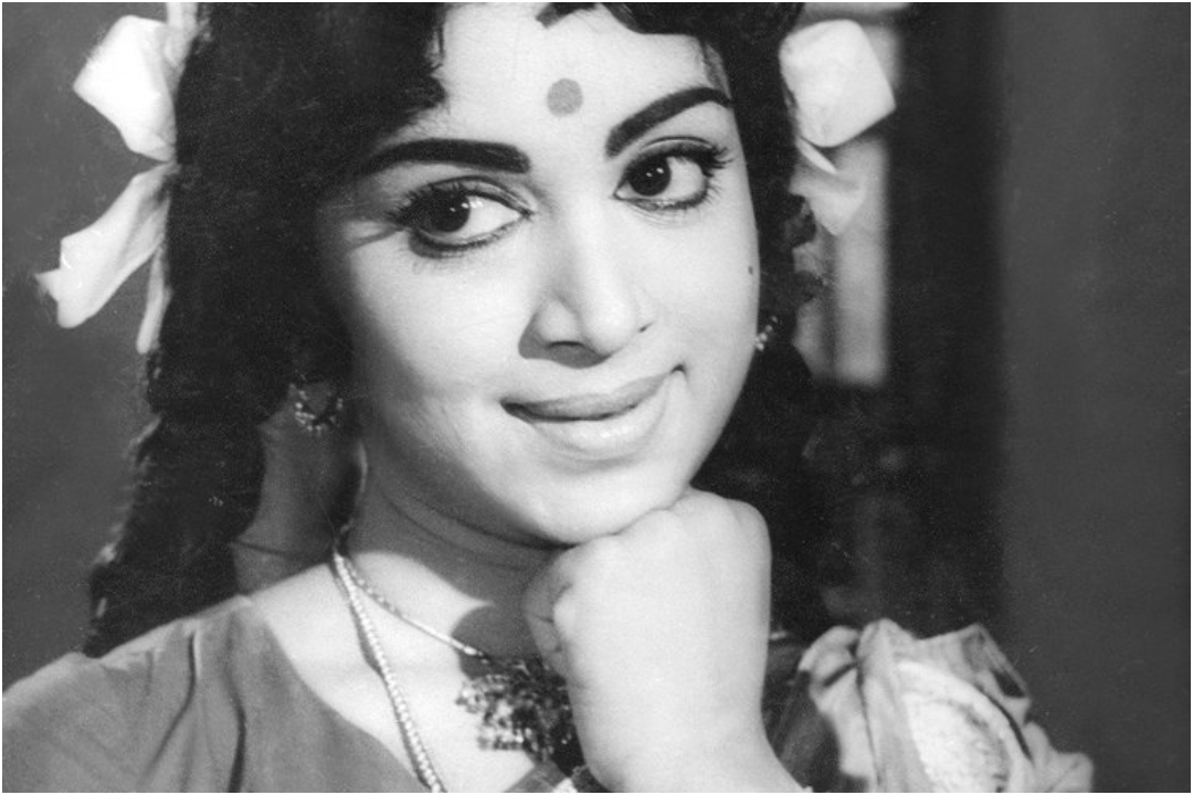 Veteran, Actor, Vijaya Nirmala, Hyderabad, News Mobile, News Mobile India
