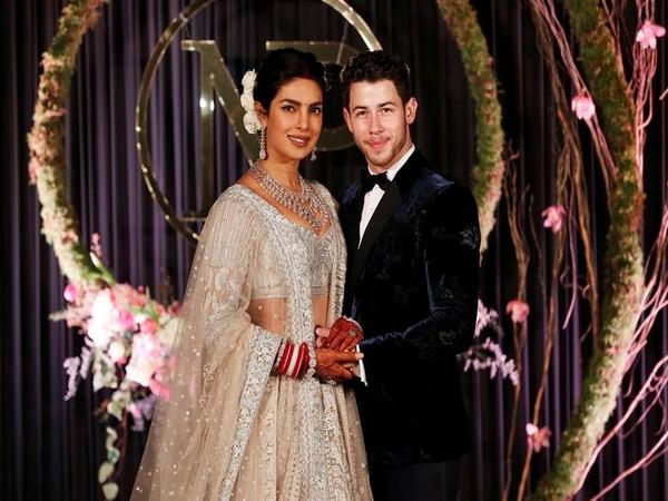 Priyanka Chopra, Nick Jonas, Sophie Turner, Joe Jonas, Paris, France, Marriage, News Mobile, News MobileIndia