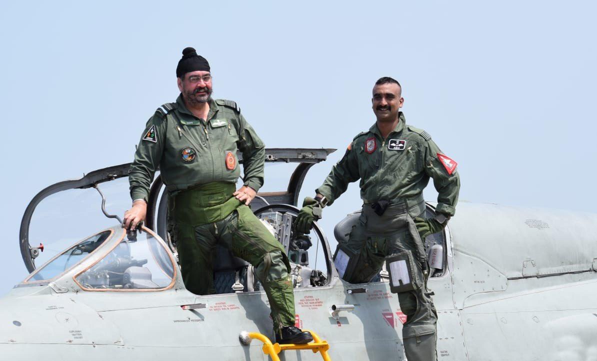 Indian Air Force, Air Chief Marshall BS Dhanoa, Wing Commander Abhinandan Varthaman, NewsMobile, NewsMobile India