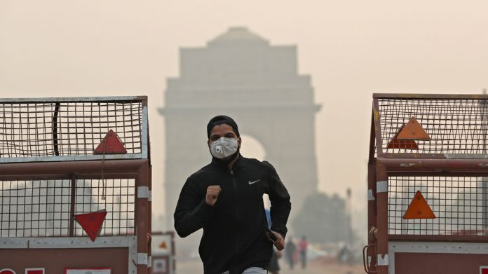 Pollution, Delhi, Delhi-NCR, Diwali, SAFAR, NewsMobile, NewsMobile India